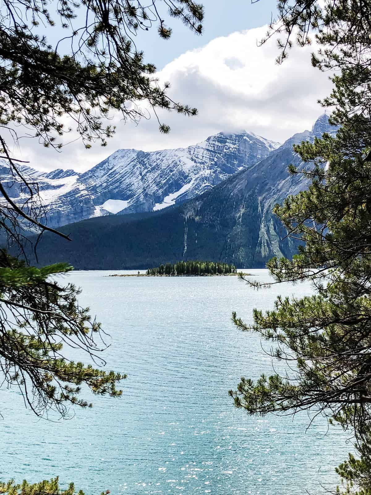Hiking Upper Kananaskis Lake